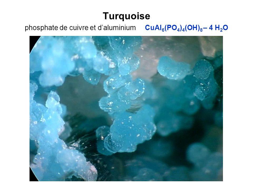 Turquoise phosphate de cuivre et daluminium CuAl 6 (PO 4 ) 4 (OH) 8 – 4 H 2 O