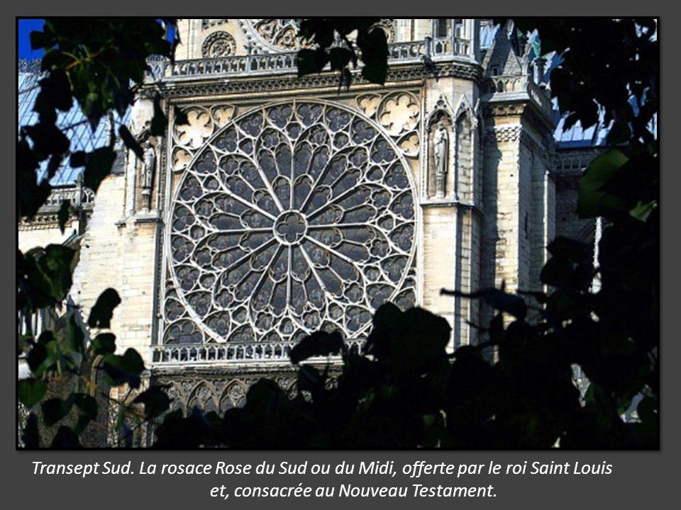 Merci de votre intérêt sur ce reportage du Jubilé de Notre Dame de Paris et, la découverte de ce joyau de l Architecture gothique de 128m de long sur48 de large, superficie de 5500m2 et un bourdon de 13 tonnes Proposé par Jackdidier.