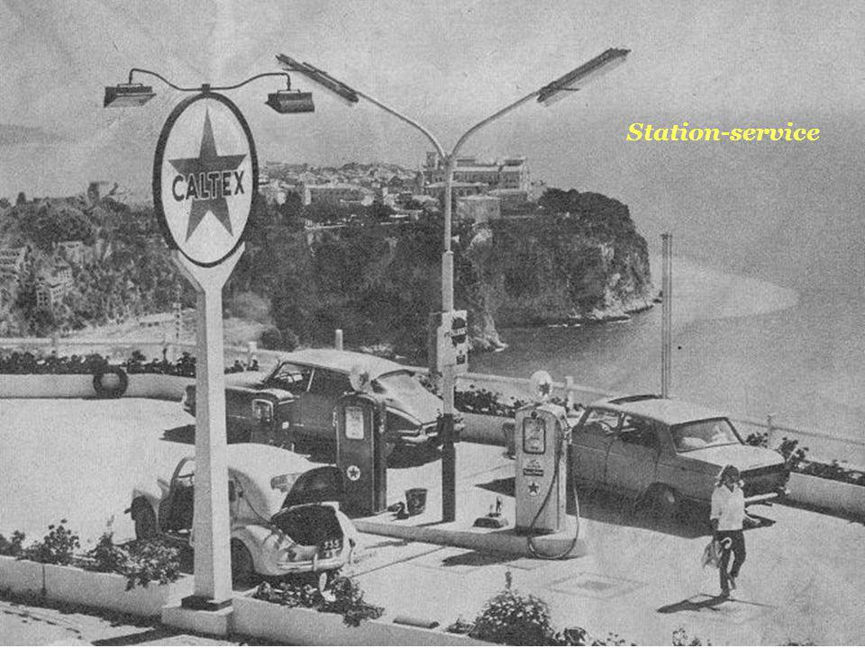 Station-service