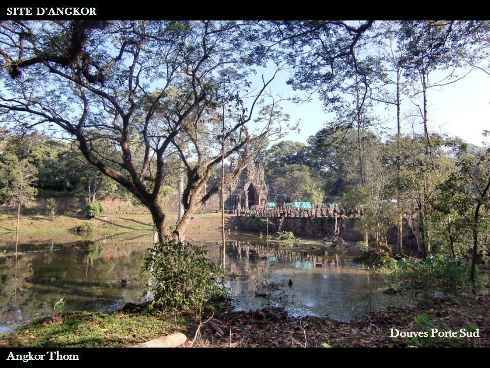 Angkor Thom Douves Porte Sud SITE D'ANGKOR