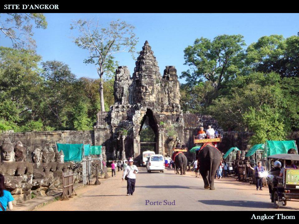 Douves Porte Sud SITE D'ANGKOR Angkor Thom