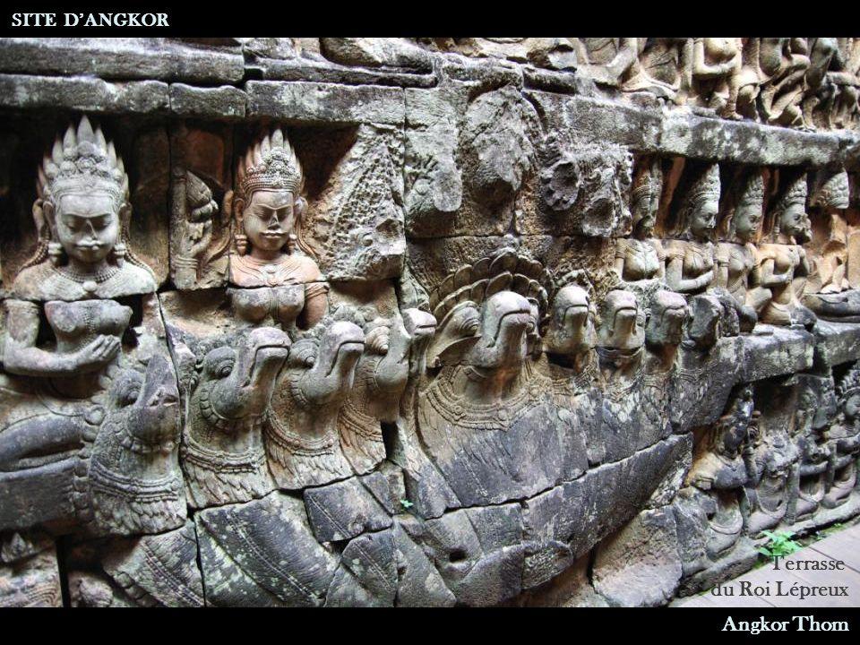 Terrasse du Roi Lépreux SITE D'ANGKOR Angkor Thom