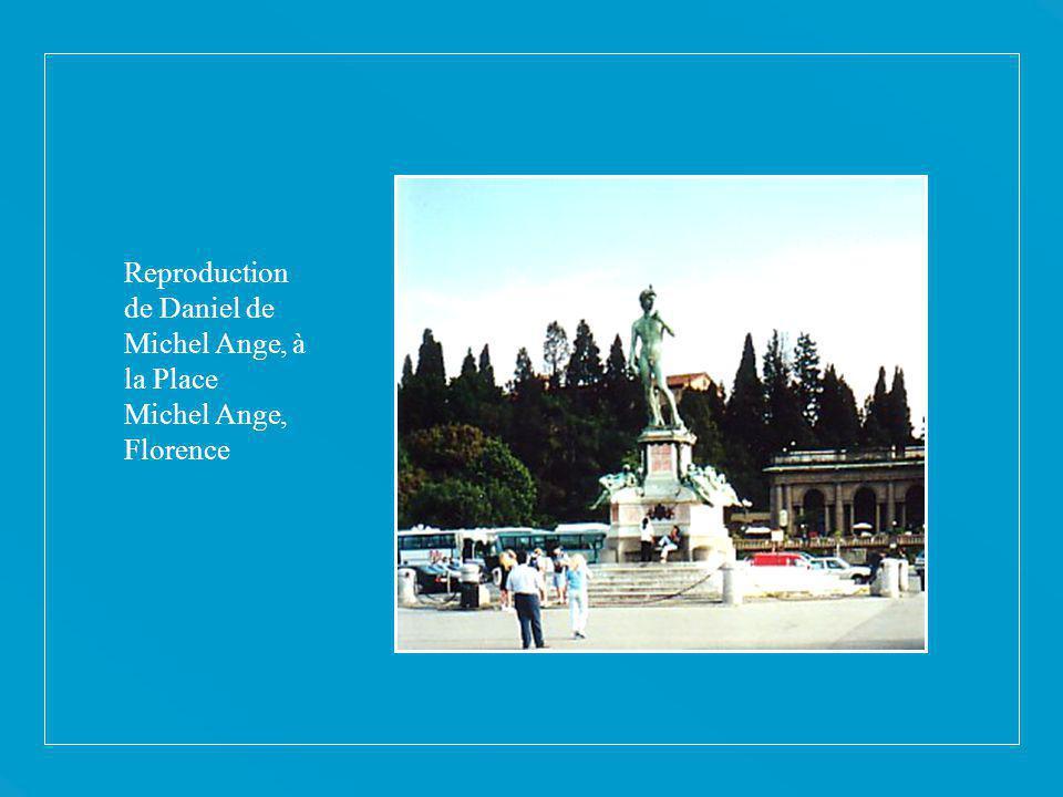 Reproduction de Daniel de Michel Ange, à la Place Michel Ange, Florence