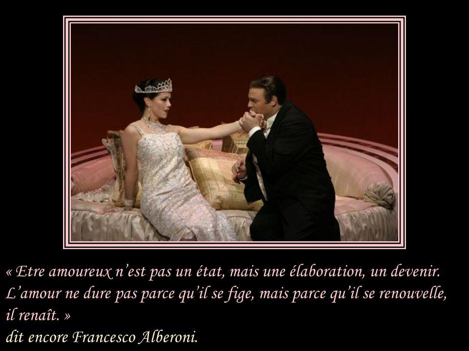 Le monde de La Traviata est le Paris de Giuseppina, en 1847, pas celui de Marguerite.