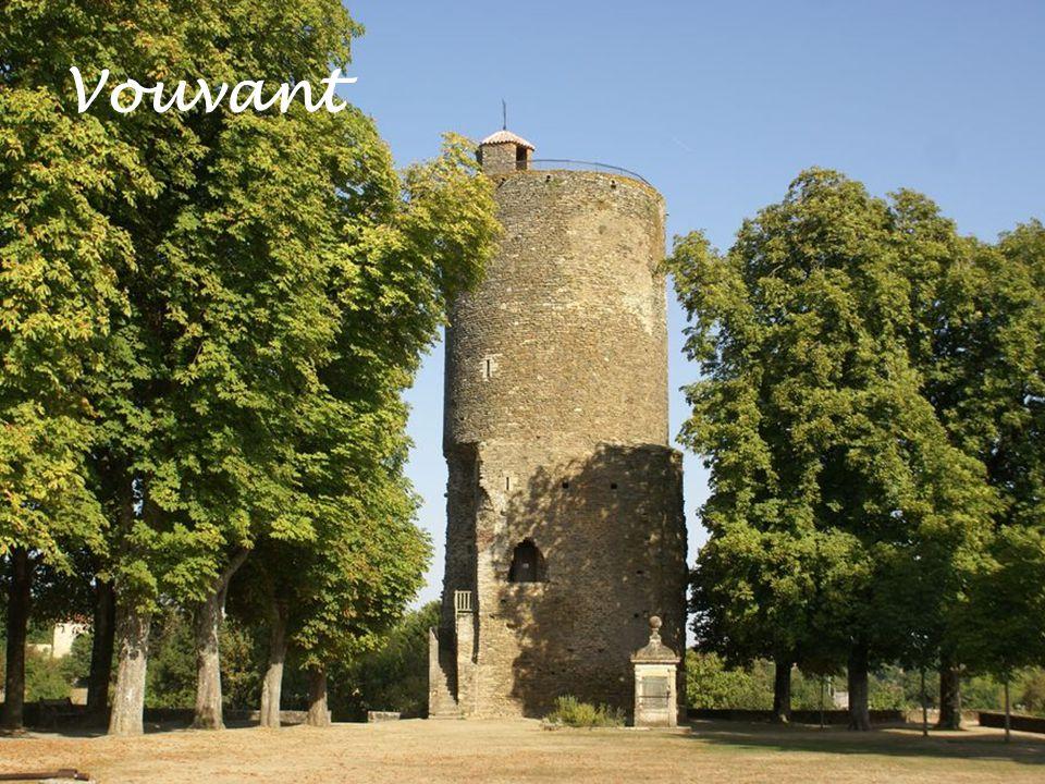 Lassey-les-Châteaux (53) Fontenay le Comte