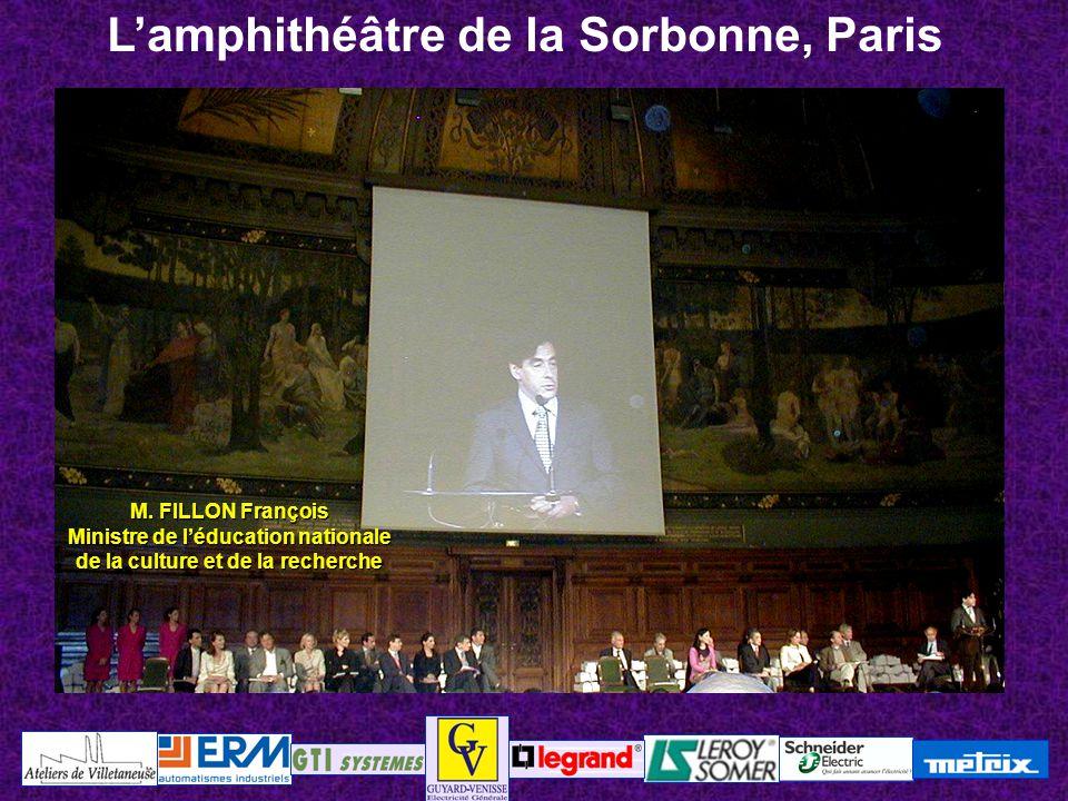 70200 LURE – Haute Saône L'amphithéâtre de la Sorbonne, Paris M. FILLON François Ministre de l'éducation nationale de la culture et de la recherche