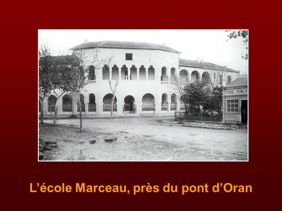 Un grand nombre de petits bel-abbésiens ont été accueillis dans cette école maternelle de la rue Chabrière, près de l'église, tenue par les religieuse