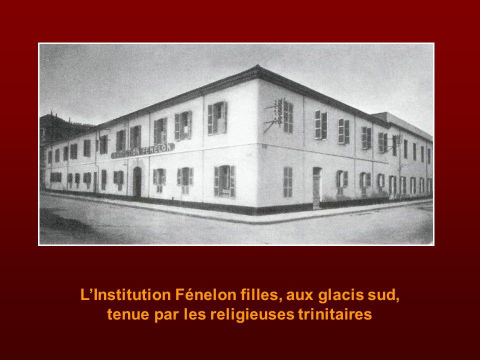 Le lycée Leclerc