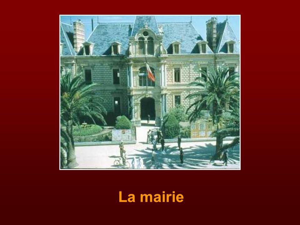Eglise Notre-Dame de Toutes Grâces et Sainte Thérèse de l'Enfant Jésus au Mâconnais Bénite le 26 novembre 1950 Curé : abbé Dominique Vallarino