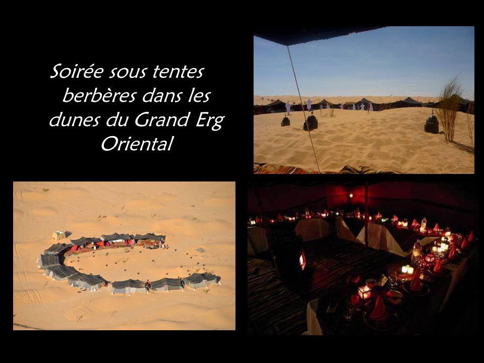 Soirée sous tentes berbères dans les dunes du Grand Erg Oriental