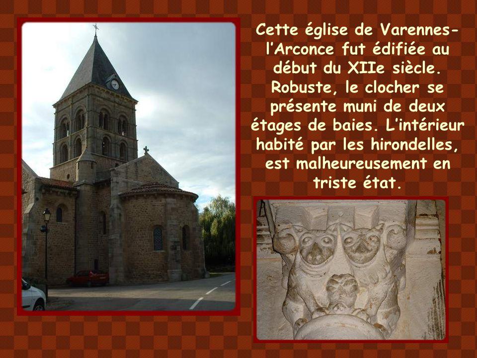 La construction de l'église de Saint- Germain-en-Brionnais semble remonter à la fin du XIe siècle. Sa silhouette trapue donne une impression de grande