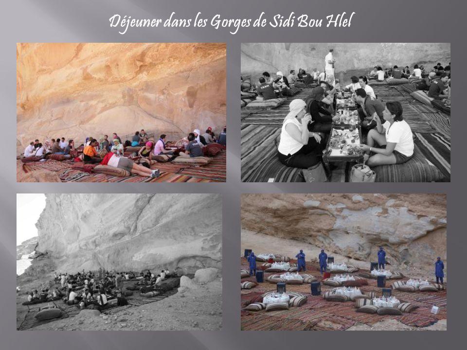 Déjeuner dans les Gorges de Sidi Bou Hlel