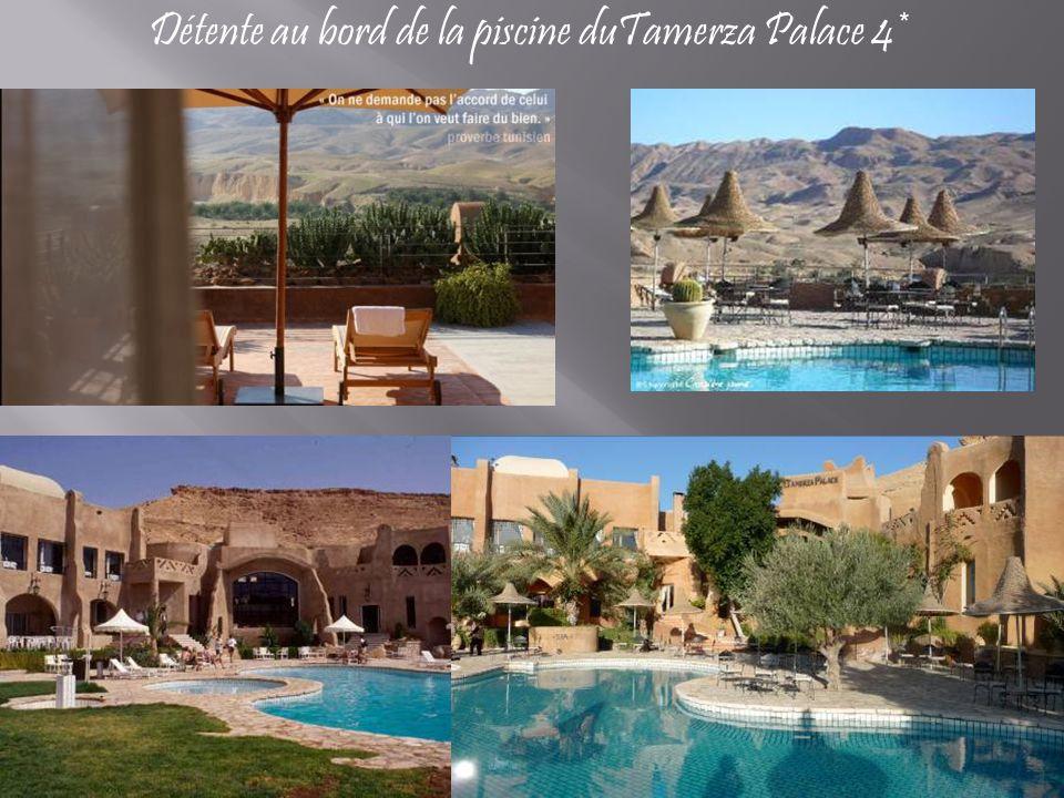 Détente au bord de la piscine duTamerza Palace 4*