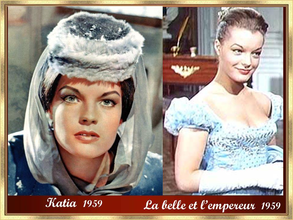 Jeunes filles en uniforme Christine 1958