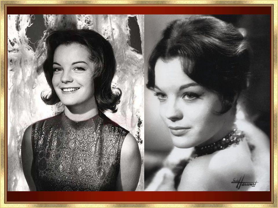 ROMY SCHNEIDER Née à Vienne en Autriche, Prénommée Rosemarie, elle est la fille de Magda Schneider et de Wolf Albach- Retty un couple de comédien Le 2