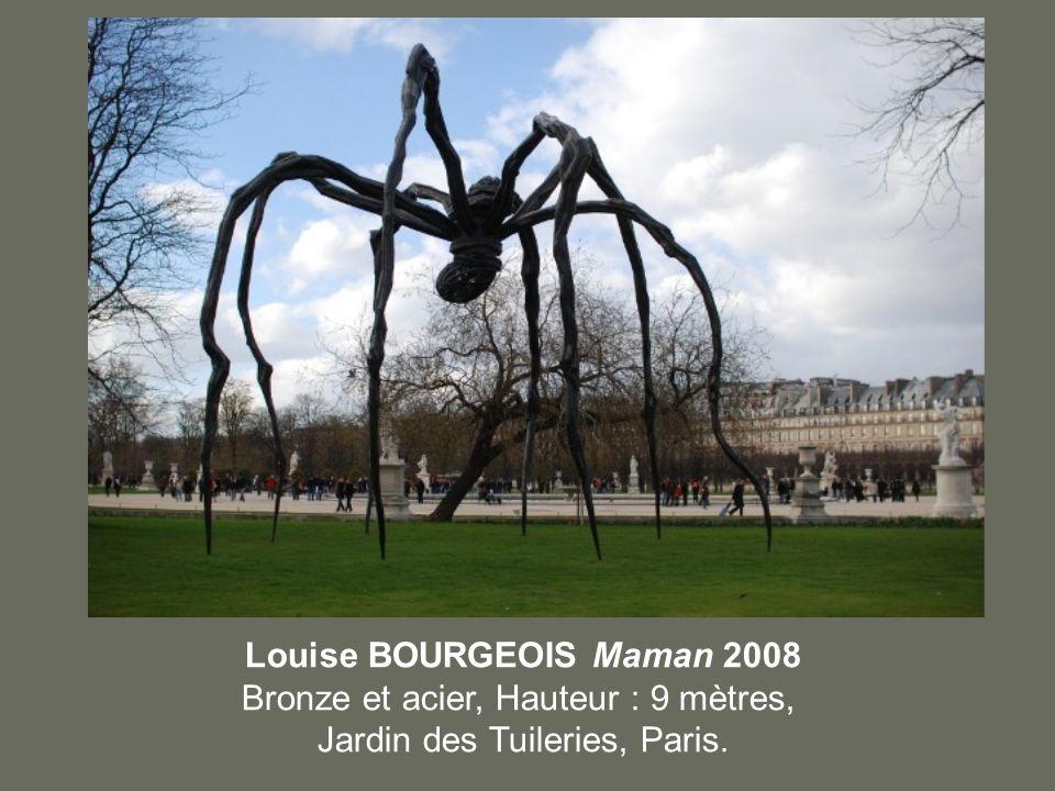 Louise BOURGEOIS Maman 2008 Bronze et acier, Hauteur : 9 mètres, Jardin des Tuileries, Paris.