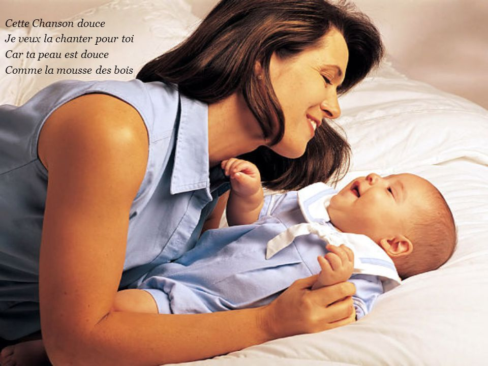 Une Chanson douce Que me chantait ma Maman En sucant mon pouce J'ecoutais en m'endormant