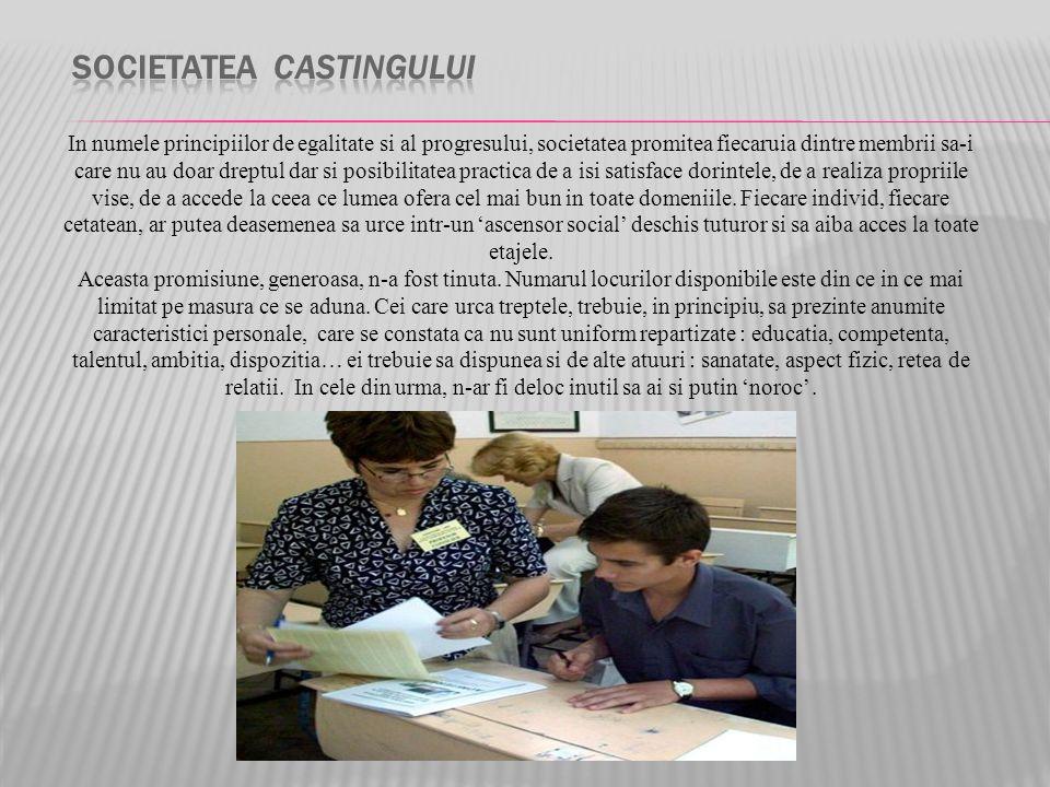  casting (nom masculin)  Ecouter la définition Ecouter la définition  Choix des acteurs qui joueront dans un film, dans un spectacle.