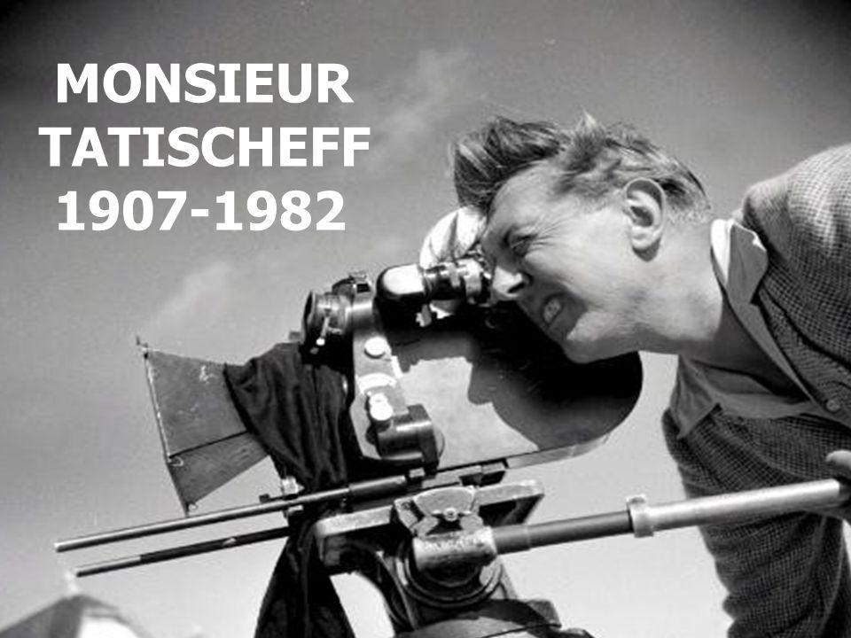 JACQUES TATI Jacques Tati est d'origine franco-Russe Il travailla rapidement dans le spectacle Son premier film connu date de 1936 – « Soignes ton gauche » où il interprète un boxeur.