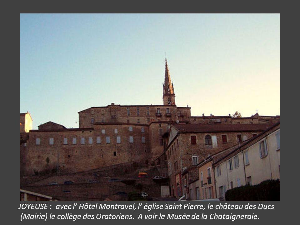 AIGUEZE : village médiéval préservé proche de Saint Martin