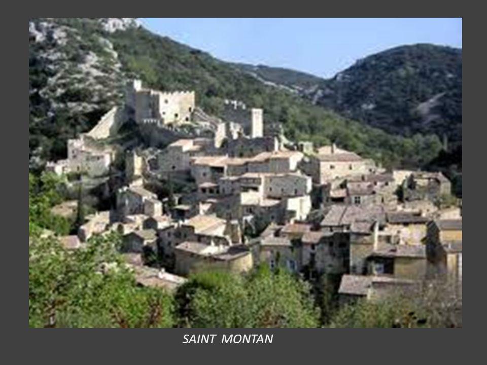 JOYEUSE : avec l' Hôtel Montravel, l' église Saint Pierre, le château des Ducs (Mairie) le collège des Oratoriens. A voir le Musée de la Chataigneraie