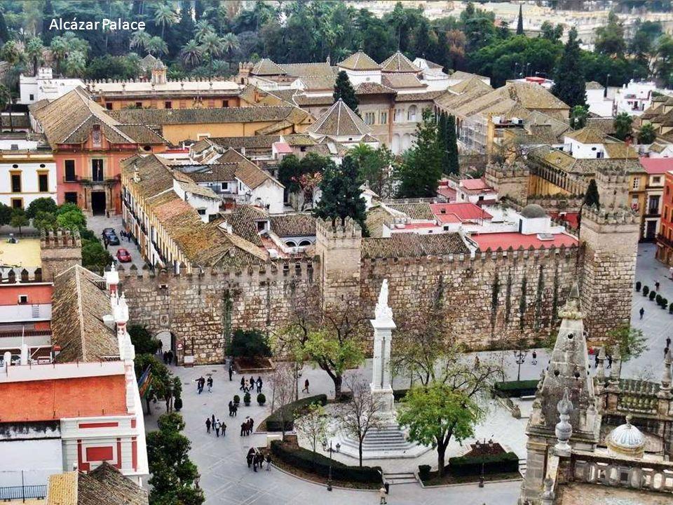 Plaza de América Museum des Arts et Traditions