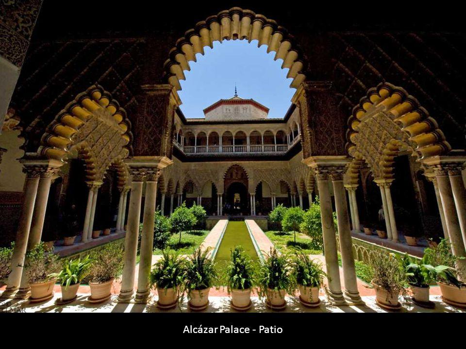 Alcázar Palace