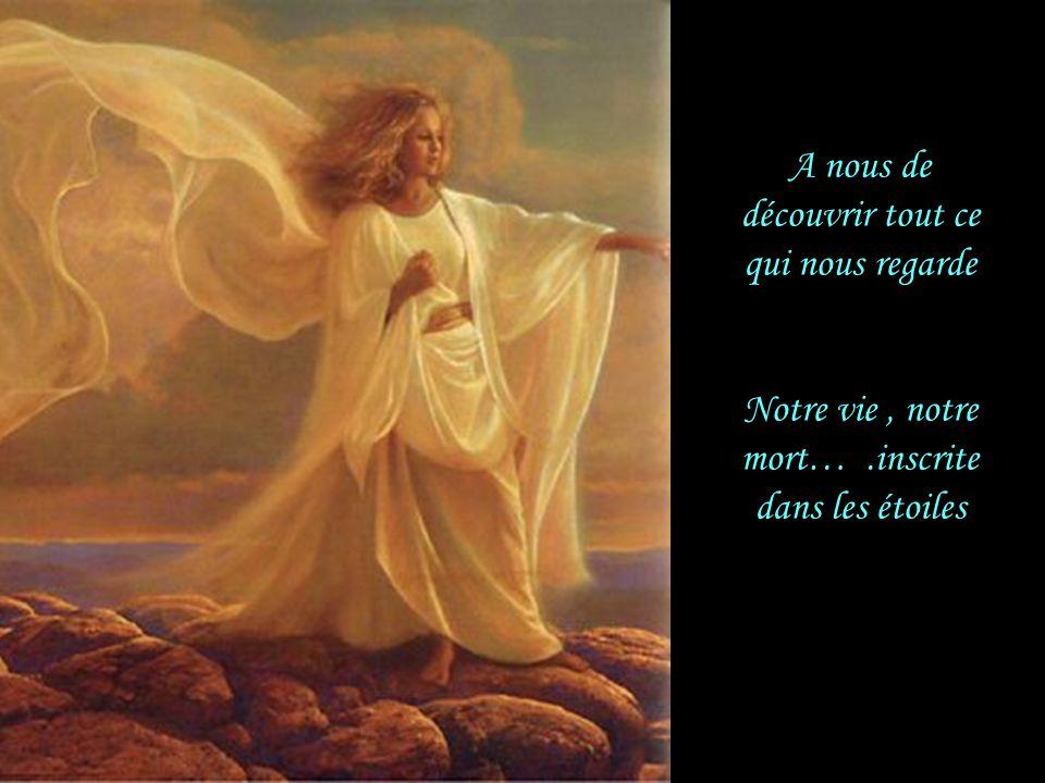 Comme la Sibylle de Delphes il veut nous mettre en garde Dans un élan d'amour, il lève un coin du voile