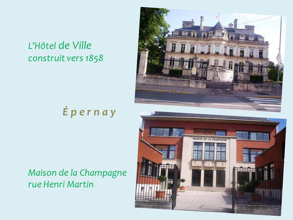 É p e r n a y Champagne Moët & Chandon À consommer avec modération