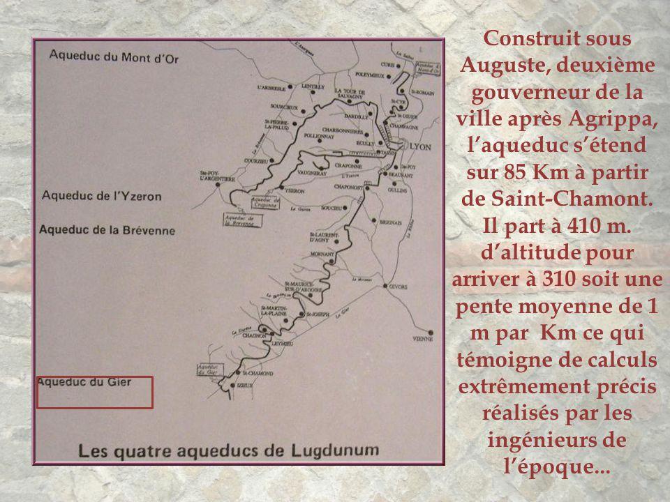 Lugdunum, nom latin de Lyon fut fondée par les Romains en 43 av. J.C. à l'emplacement de la colline actuelle de Fourvière. Bien vite, le problème de l