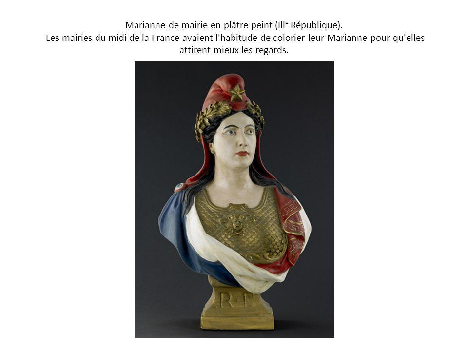 Marianne de mairie en plâtre peint (Ill e République). Les mairies du midi de la France avaient l'habitude de colorier leur Marianne pour qu'elles att