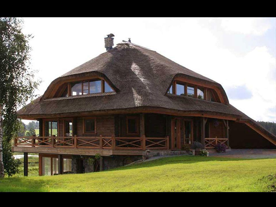 Le concept de chaque maison permet quatre types de toiture - toits de chaume, des troncs taillés, en mosaïque ou en céramique, carreaux en ciment. Cel