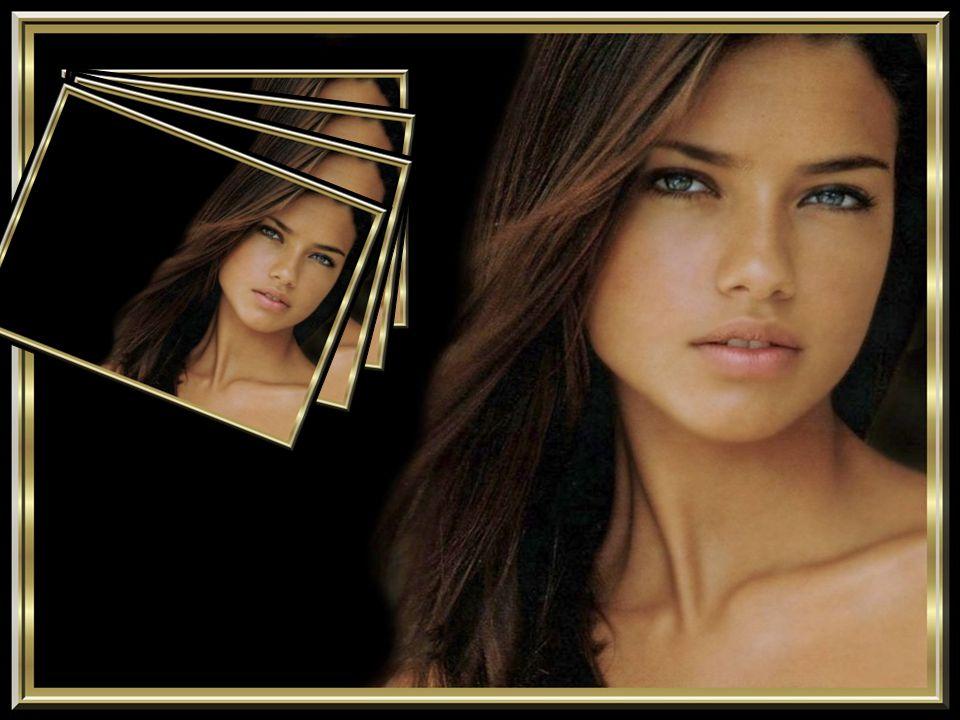 Le meilleur moyen de faire tourner la tête à une femme, c'est de lui dire qu'elle a un joli profil. Guitry