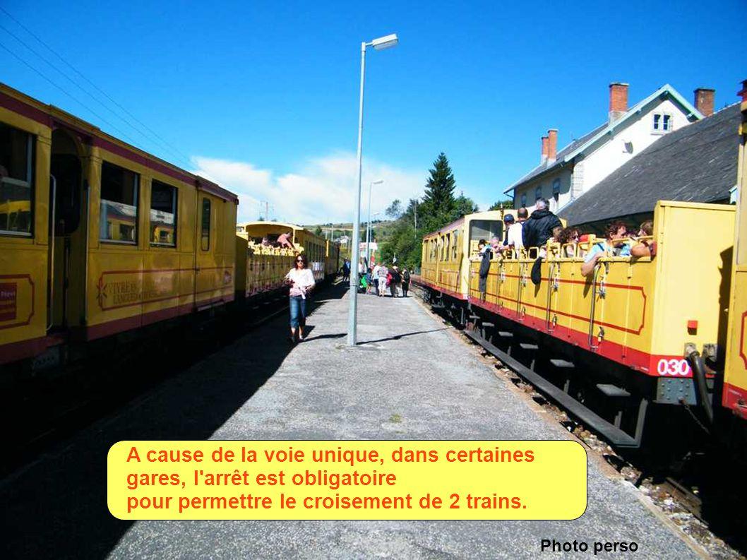 BOLQUERE-EYNE, la gare la plus élevée de FRANCE.( 1592,78m ) Dommage, elle est mal entretenue comme bien d'autres petites gares Photo perso