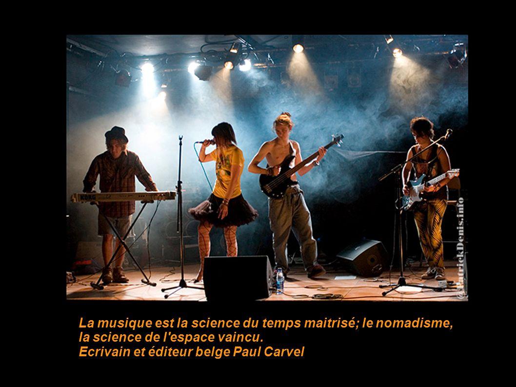On peut jouer seul..... ou entre amis La musique est peut- être l'exemple unique de ce qu'aurait pu être, s'il n'y avait pas eu l'invention du langage