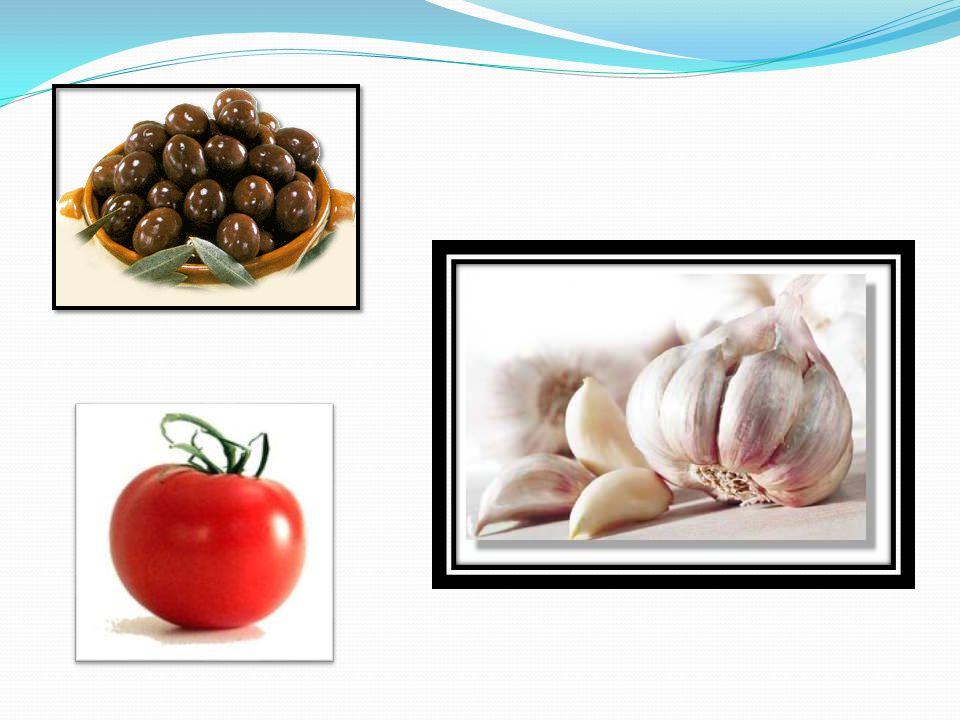 LA CUISINE DU SUD  La cuisine du sud-ouest utilise la graisse-d'oie, le foie gras, les cèpes et l'armagnac.  La cuisine du sud-est, marquée par des