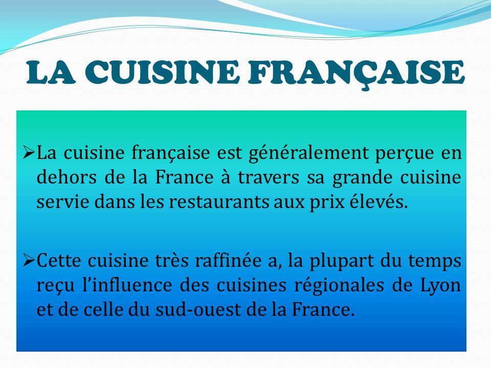 """ Contre la """"mal bouffe"""" (le mal manger) symbolisée selon José Bové par les fast-foods, il défend """"la bonne bouffe française """", caracterisée par la qu"""