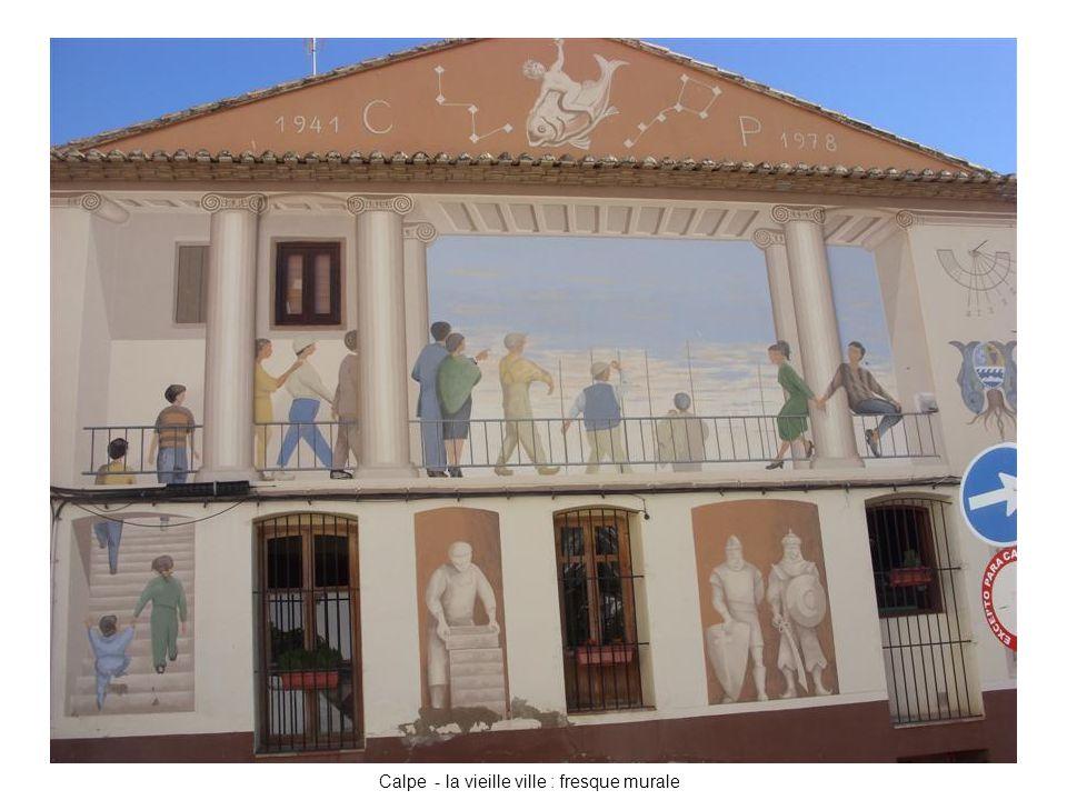 Calpe - la vieille ville : fresque murale