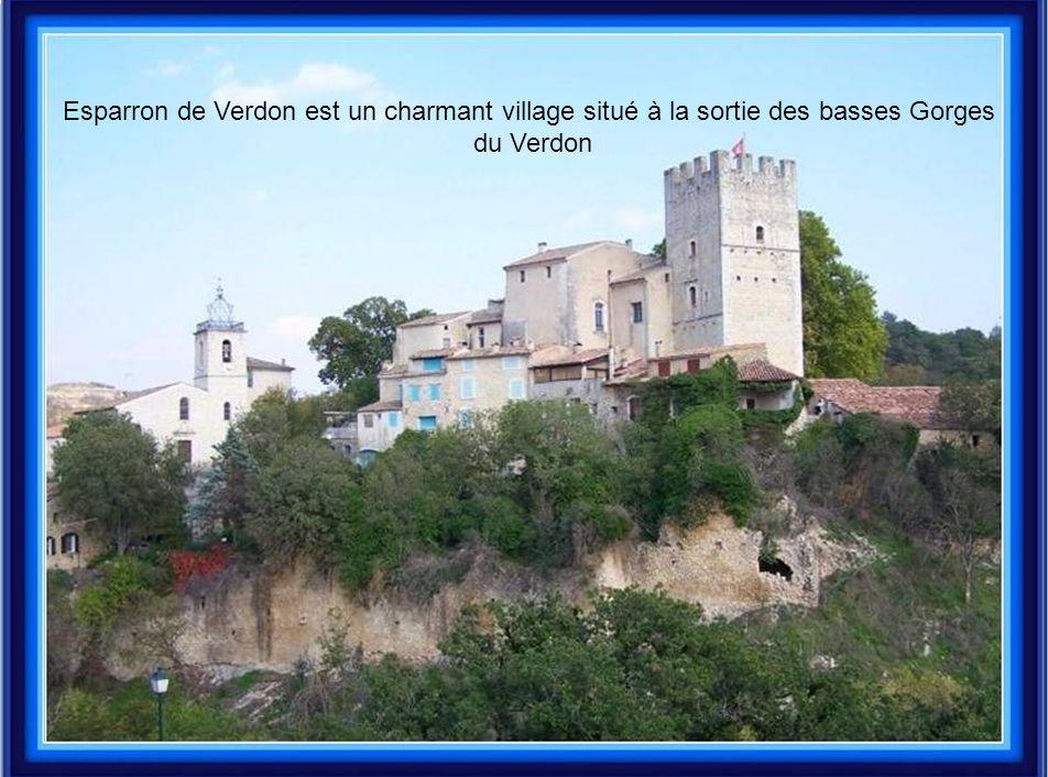 Esparron de Verdon est un charmant village situé à la sortie des basses Gorges du Verdon