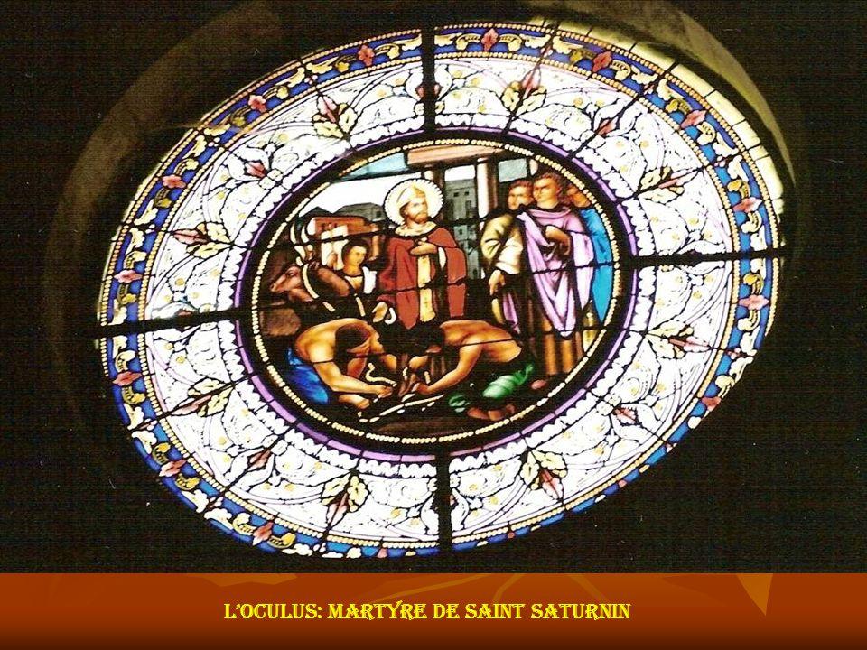 Vitrail du choeur Vitrail de la chapelle sud