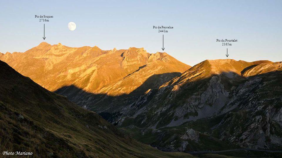 ......... Pic d'Ansabère 2360m Pic d'Anie 2504m Peña Forca 2391m
