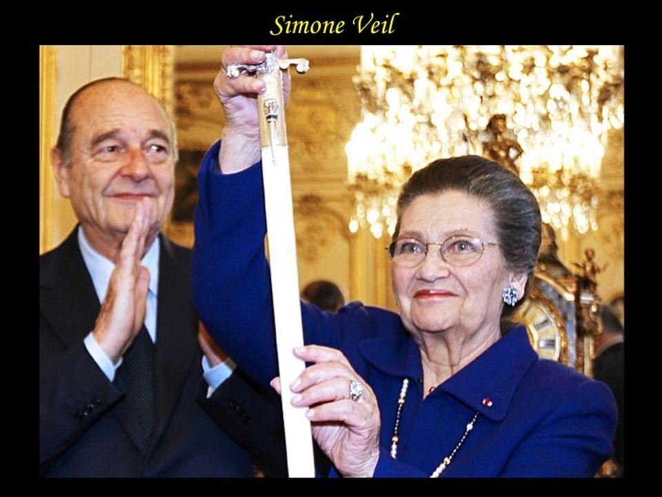 Simone Veil Simone Veil née Jacob le 13 juillet 1927 à Nice est une femme politique française, Ministre de la santé qui fait adopter la « loi Veil » qui dépénalise le recours par une femme à IVG.