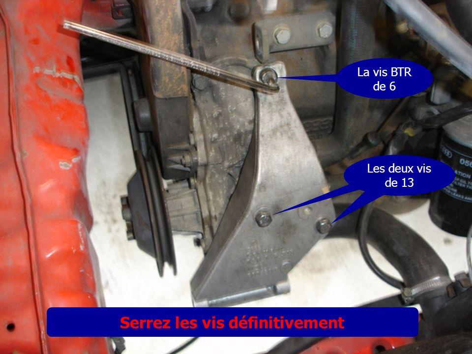 Démarrez le moteur et faite plusieurs braquages de droite à gauche pour purger les tuyaux et la crémaillère.