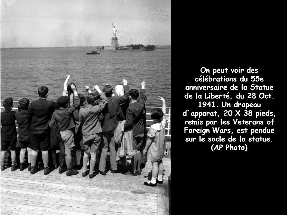 Le Président Franklin Roosevelt prononce un discours lors du 50e anniversaire de l`érection de la Statue de la Liberté à New York, le 28 octobre 1936.