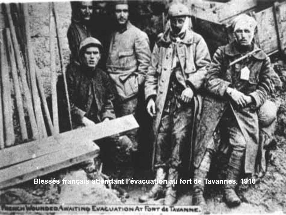 Verdun, prisonniers allemands capturés au Mort-Homme, 1916