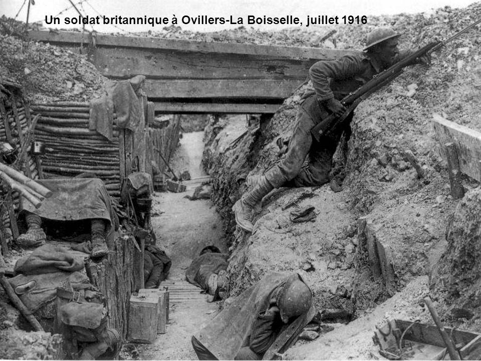 •4 août • Les dirigeants allemands ne se soucient pas de la Belgique. Le chancelier Bethmann-Hollweg qualifie de «chiffon de papier» le protocole de 1