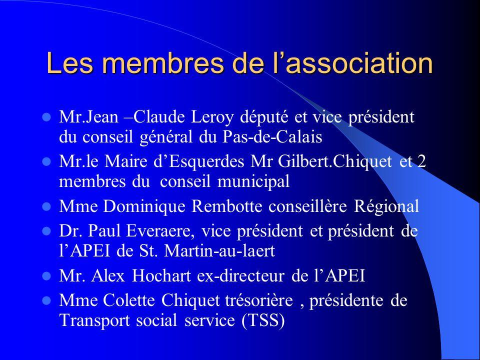 Les membres de l'association  Mr.Jean –Claude Leroy député et vice président du conseil général du Pas-de-Calais  Mr.le Maire d'Esquerdes Mr Gilbert