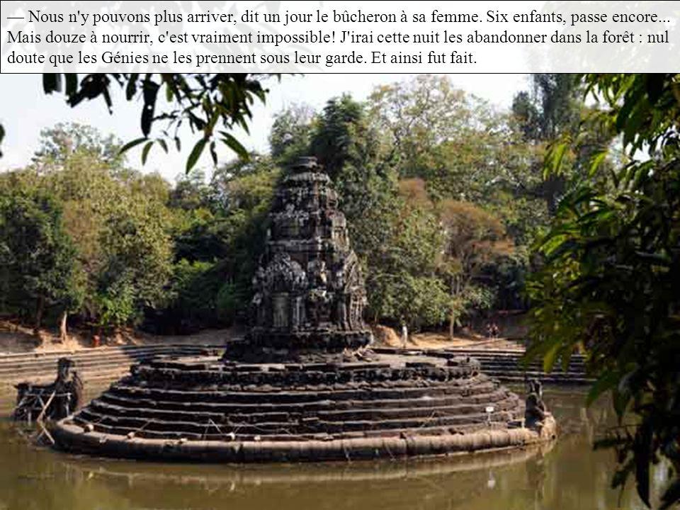 Ils ne descendaient de leurs huttes nichées dans les arbres que pour venir chanter la gloire du dieu en se baignant dans le stung Thom ( le fleuve Mag