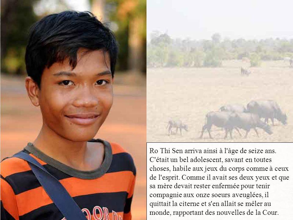 Rusant avec son bourreau dont l'alcool de riz avait obscurci la claire notion des choses, Néang Pou parvint à lui présenter deux fois son oeil gauche
