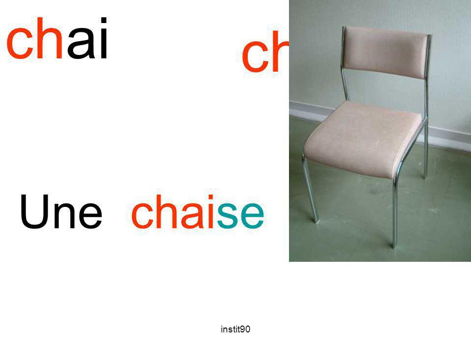 instit90 chai chaise Une chaise